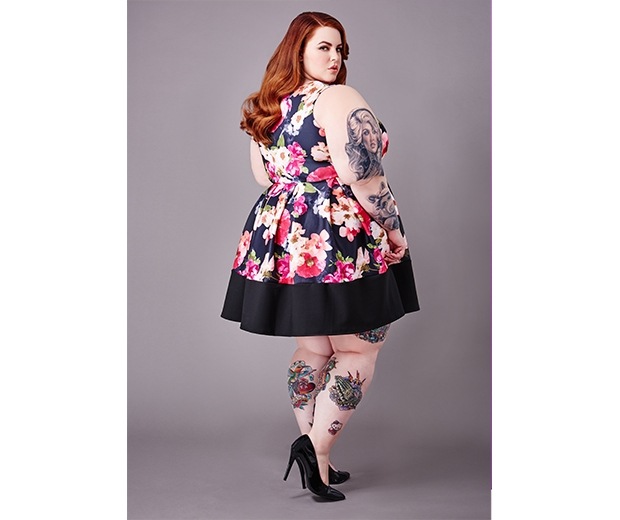 Tess Holliday shows off her gorgeous curves in a fabulous frock from the range
