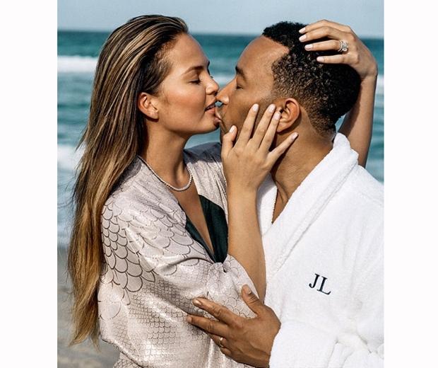 Chrissy Teigen and husband John Legend du jour magazine