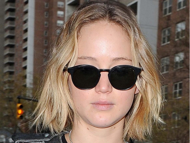jennifer lawrence just stepped out with long hair look