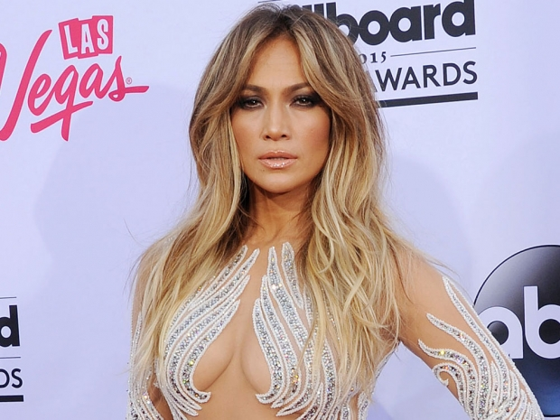 Jennifer Lopez with long hair at the Billboard Awards
