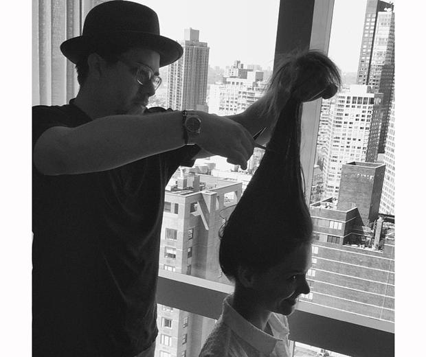 katie holmes getting hair cut before Met Gala 2015