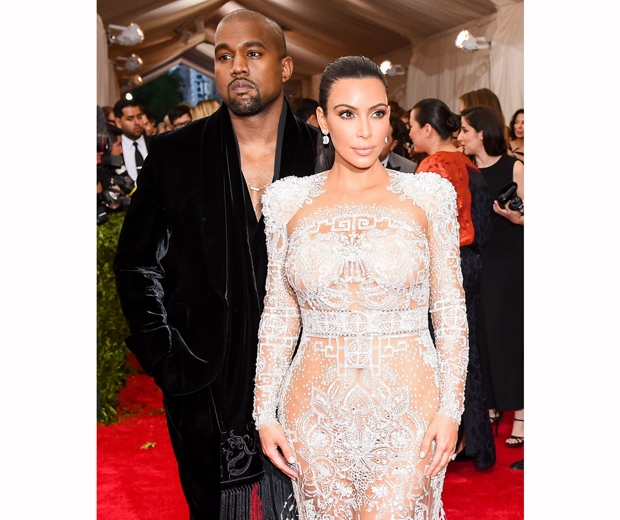 kim kardashian and kanye west at 2015 met gala