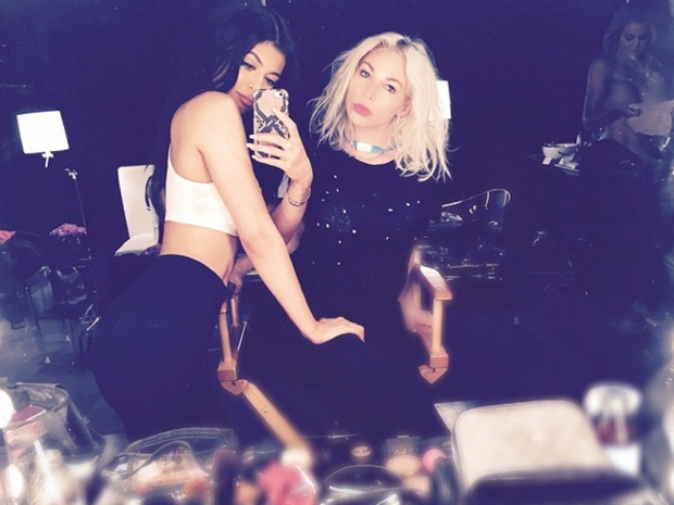 Kylie Jenner snaps a selfie which appears to show Khloe Kardashian naked
