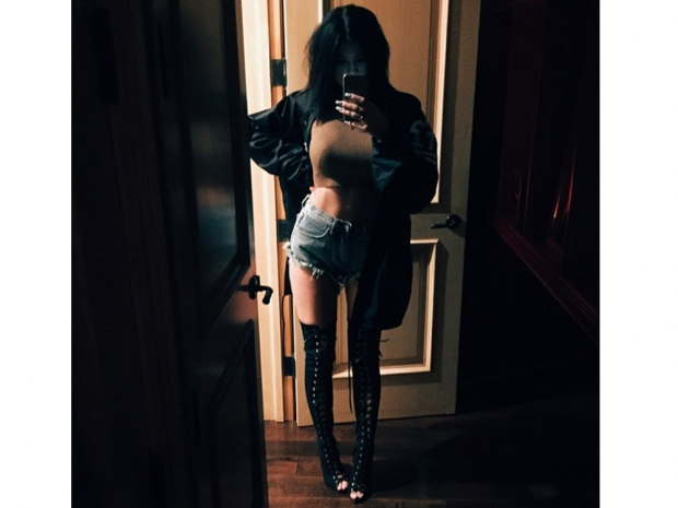 Kylie Jenner wearing Tom Ford boots in Instagram selfie