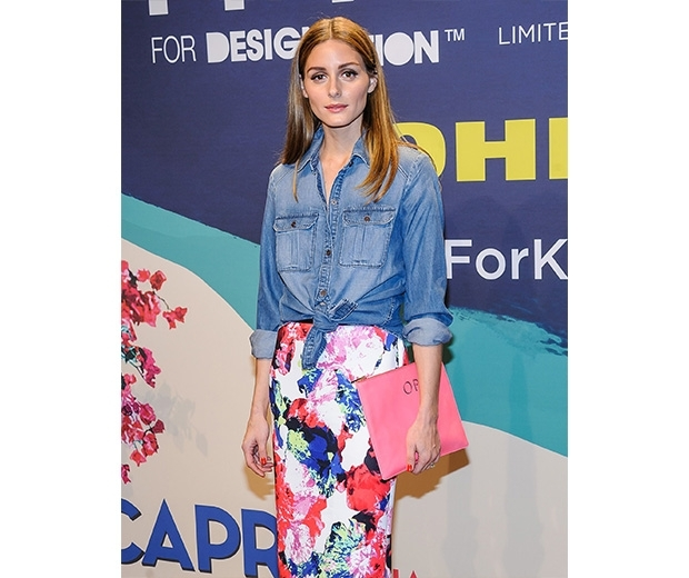 olivia palermo in denim shirt and floral pencil skirt