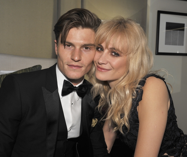 Pixie Lott Talks About Life With Boyfriend, Oliver Cheshire