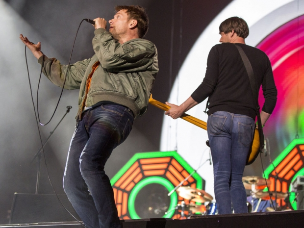 Will Coldplay perform at Glastonbury?