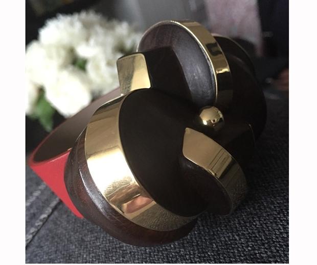 victoria beckham bracelet