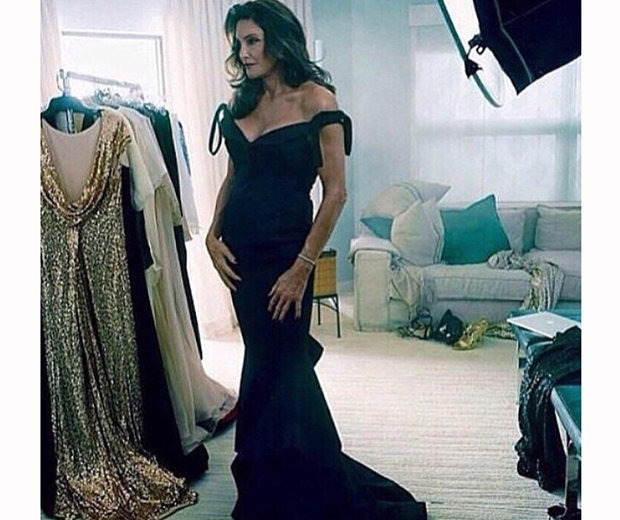 caitlyn jenner vanity fair shoot in black dress