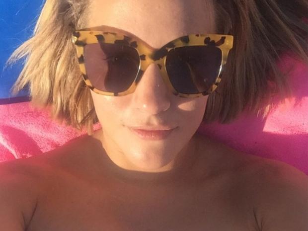 Caroline Flack with no make-up on in Instagram selfie