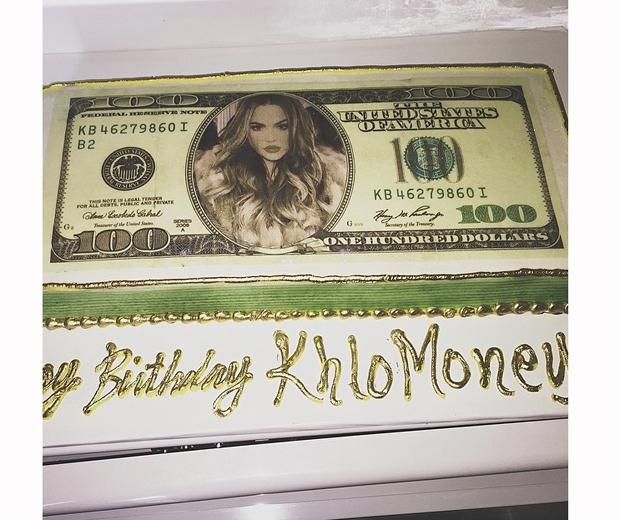 khloe kardashian birthday cake