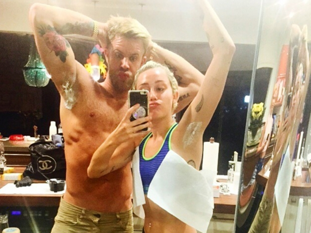 Miley Cyrus shows off her bleached underarms on Instagram