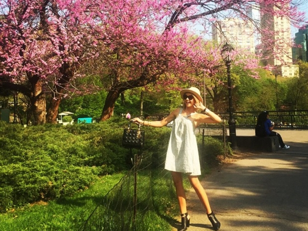Sarah Hyland poses in New York for Instagram photo