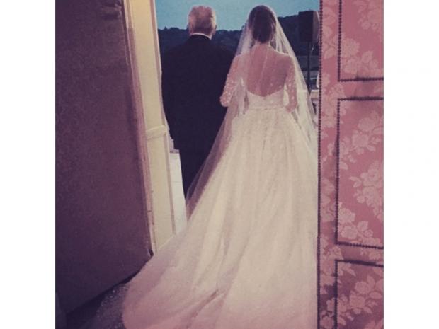 Peter Copping's first bride at Oscar de la Renta