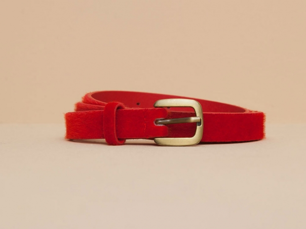 Pull & Bear's amazing red belt.