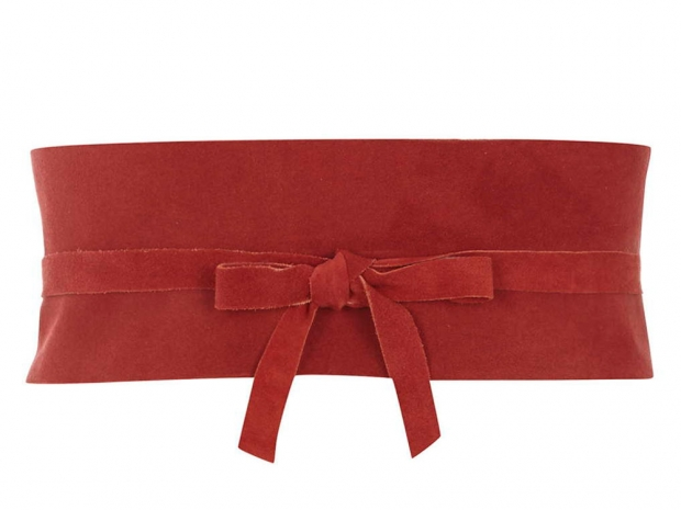Red, suede obi? Thats three trends ticked off in one belt!