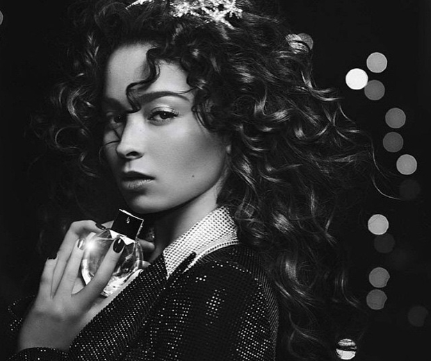 ella eyre emporio armani diamonds violet advert
