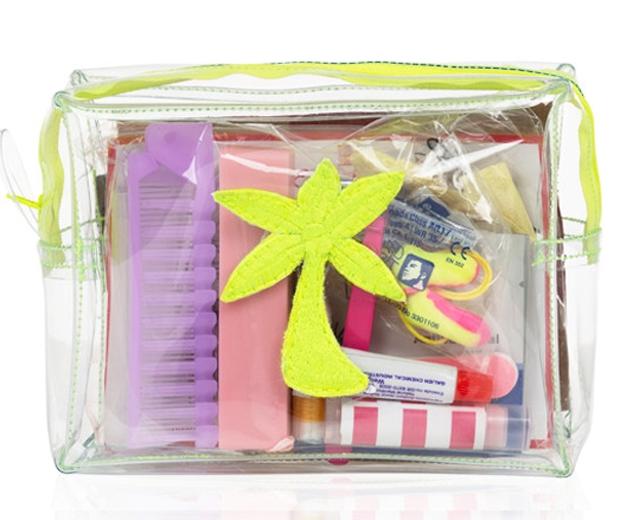 emma lomax sos holiday kit-look.co.uk