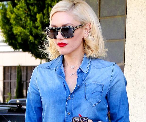 Gwen Stefani red lips - look.co.uk