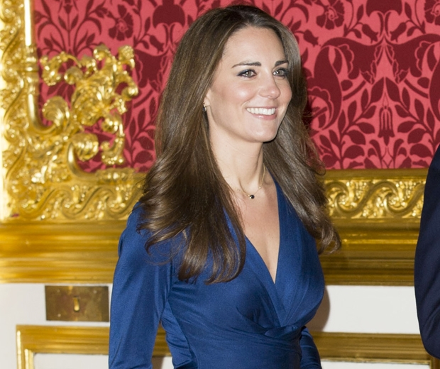 We Ve Got Big News About Kate S Engagement Dress Look