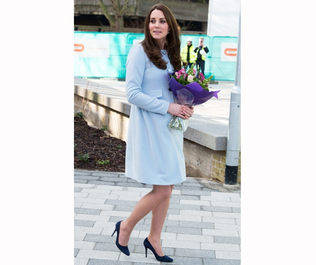kate middleton in baby blue coat and navy heels
