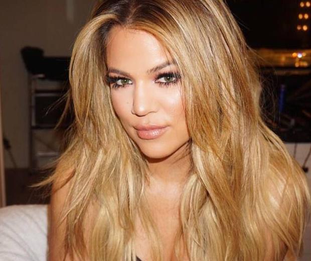 khloe kardashian criss cross lashes-instagram-look.co.uk