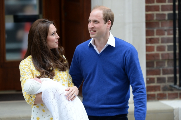 The first pictures of the new Royal Baby, with Kate and William