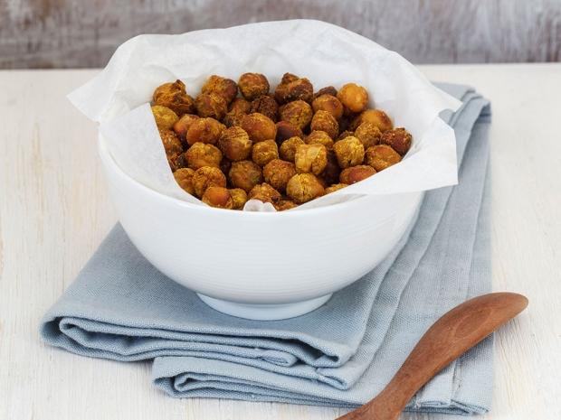 Healthy Snack Ideas: Roasted Chickpeas