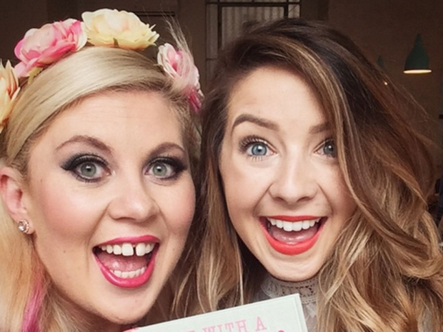 Sprinkle Of Glitter Louise and Zoe Sugg Zoella