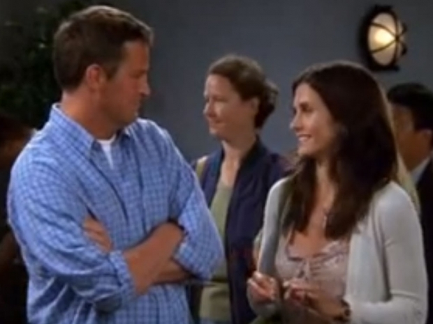Matthew Perry and Courteney Cox as Chandler and Monica in Friends deleted scene