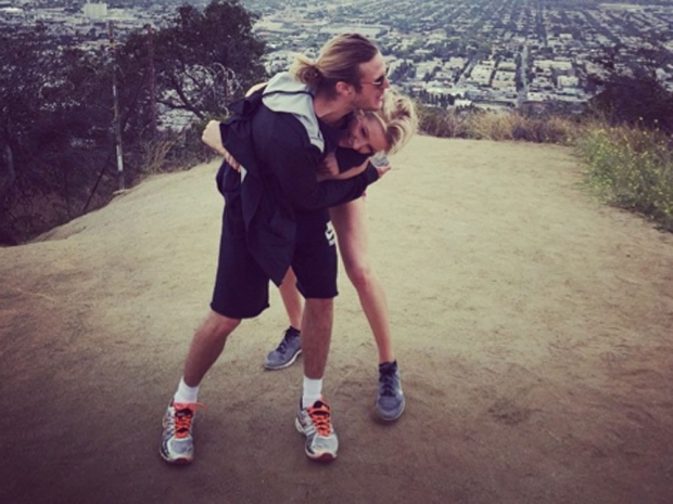 Ellie Goulding and boyfriend Dougie Poynter enjoy to work out together