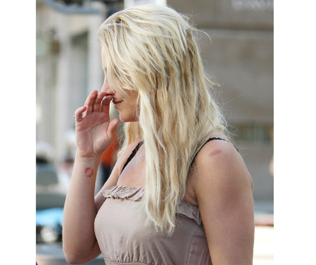 Britney Spears with hair extensions