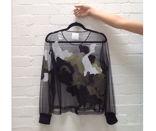 Danielle Romeril ulle Camo Sweater