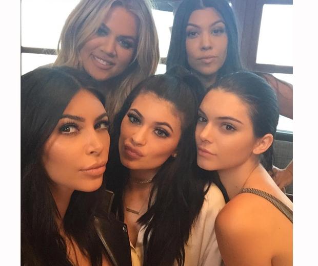kardashian celebrate kylie jenner's birthday