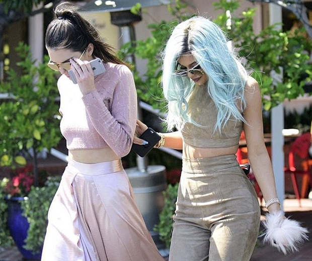 kylie and jendall jenner