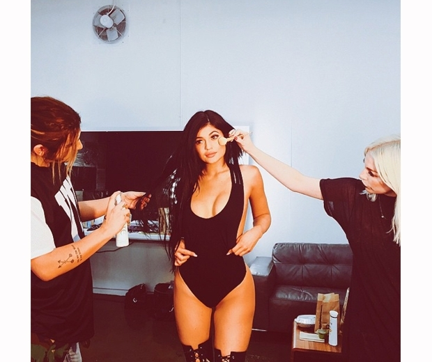 kylie jenner swimsuit