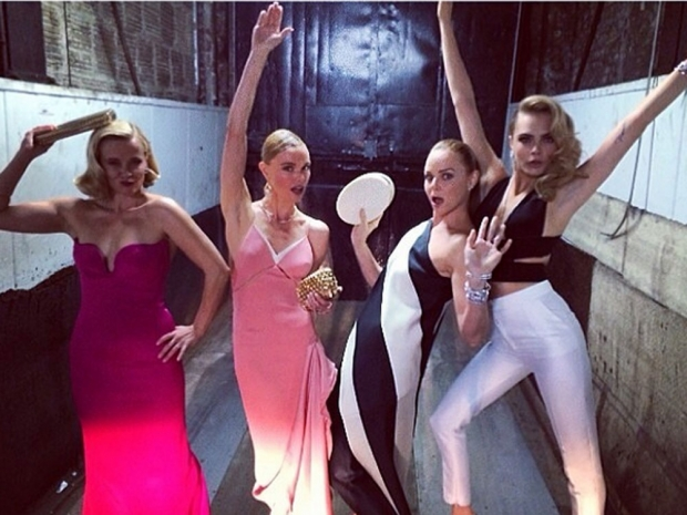 Stella partying with the girls Reese Witherspoon, Kate Bosworth and Cara Delevig