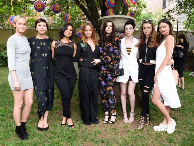With (L-R) Amber Valletta, Maggie Gyllenhaal, Alicia Keys, Liv Tyler, St Vincent