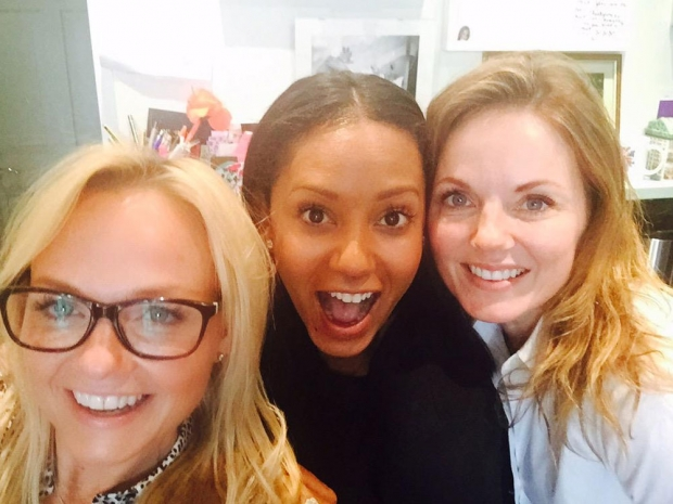 Mel B posts a Twitter photo with Emma Bunton and Geri Halliwell