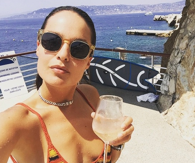 Schloe Bartoli takes a South of France swimsuit selfie