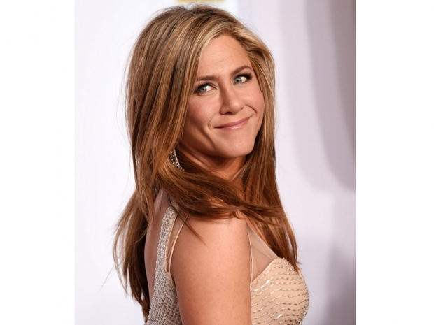 jennifer aniston in a sequin champagne dress