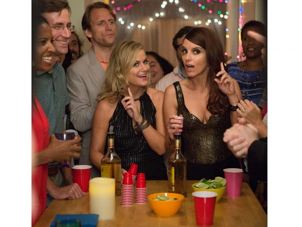 Tina Fey and Amy Poehler in Sisters