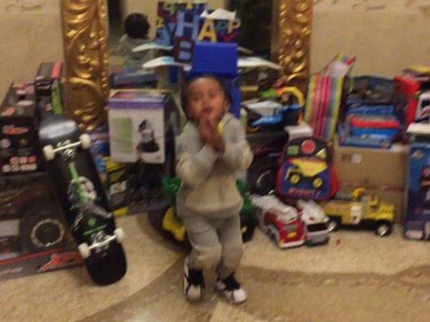 King Cairo's presents