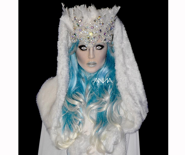 perrie edwards ice queen halloween costume was pretty impressive