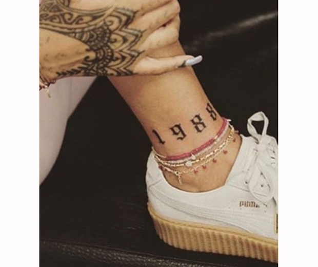 rihanna ankle tattoo 1988