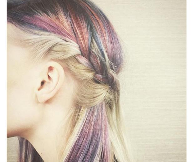 Hair strobing colour
