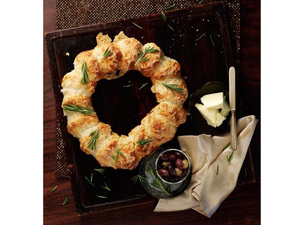 Cheese Scone Wreath