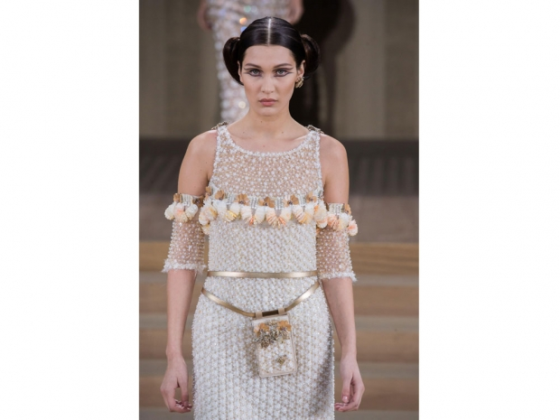 Bella hadid Chanel Couture 2016