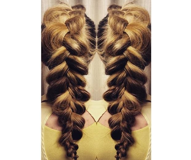 pancaking hair trend plaits