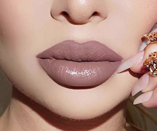Cinderella Lips: Why is everyone talking about them?